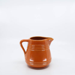 Pacific Pottery Hostessware 429 1-Qt Pitcher Red