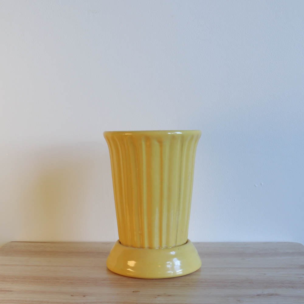 QwkDog Garden City Pottery Short Vase