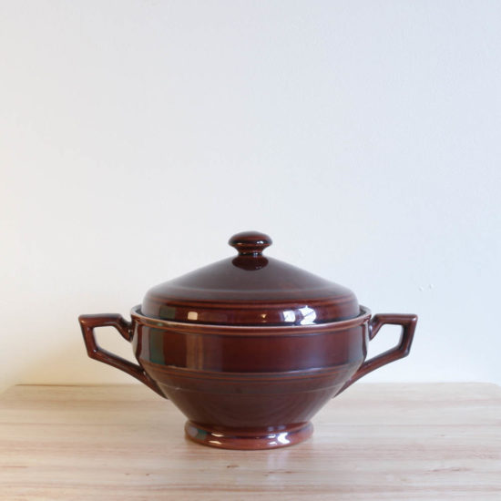 Vernon Kilns Early California Casserole Angled Brown
