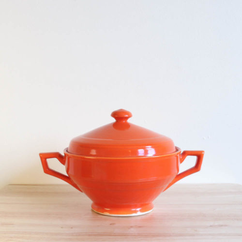 Vernon Kilns Early California Casserole Angled Orange