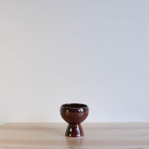 Vernon Kilns Early California Eggcup Brown