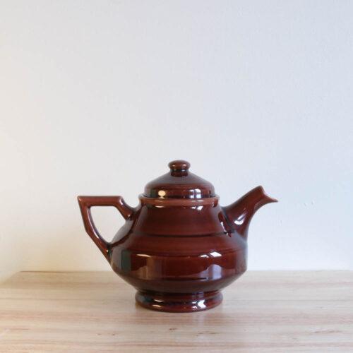 Vernon Kilns Early California Teapot Angled Brown