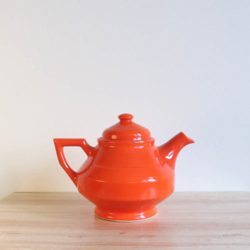 Vernon Kilns Early California Teapot Angled Orange