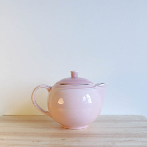 Vernon Kilns Early California Teapot Round Pink
