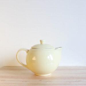 Vernon Kilns Early California Teapot Round Yellow