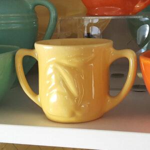 Pacific Pottery Hostessware 658 Childs Mug Yellow