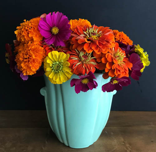 QwkDog Bauer Pottery Artware Floral Design Ogden