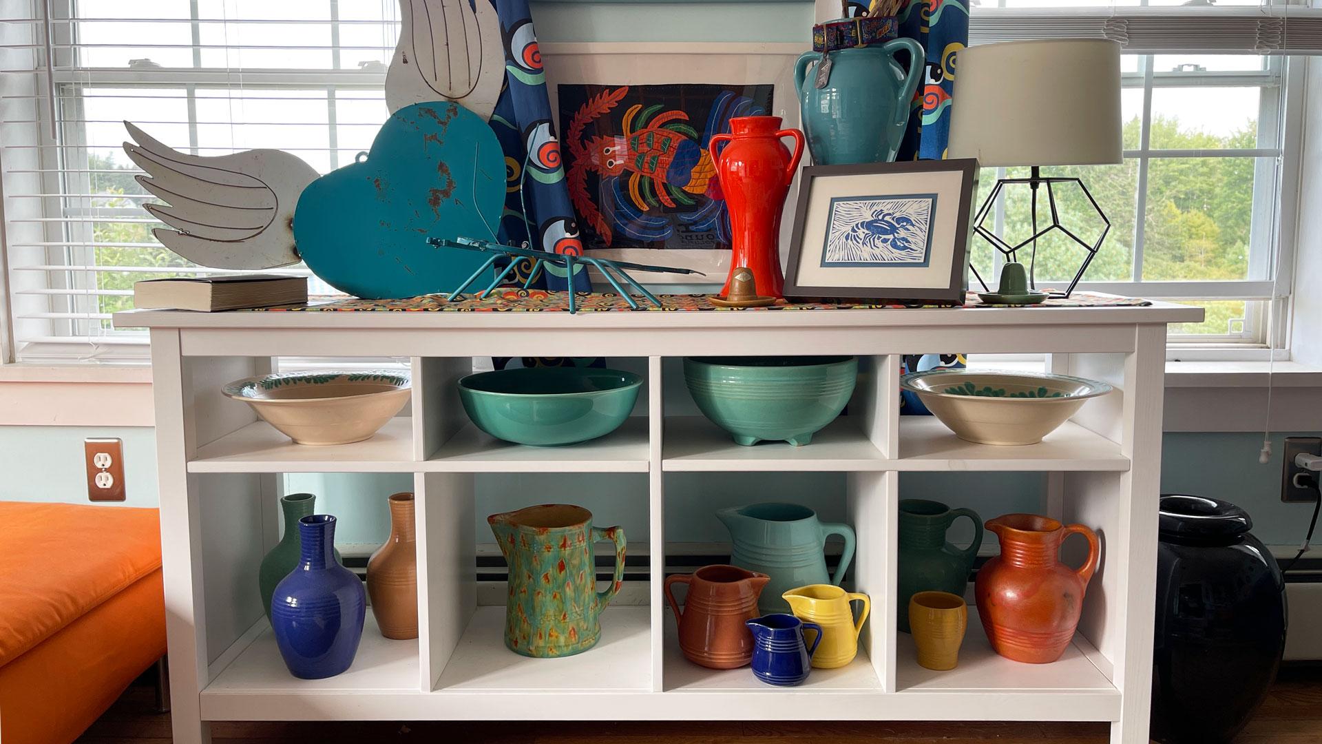QwkDog Maine California Pottery Display