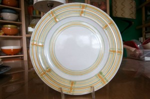 Pacific Pottery Decorated Plate (BF)